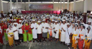 Hadiri Karya Yadnya Ngenteg Linggih dan Padudusan Agung di Pura Manik Jati