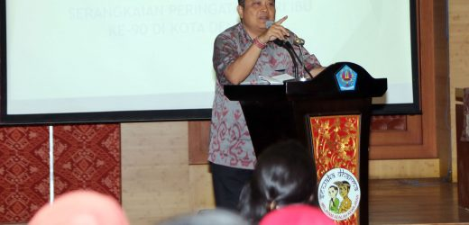 Buka Seminar Peringatan Hari Ibu ke-90