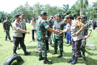 Naik Helikopter Caracal dan MI-17,  Panglima TNI Kunker ke Pandeglang Banten