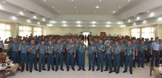 Kuliah Umum Kasum TNI kepada Mahasiswa STTAL