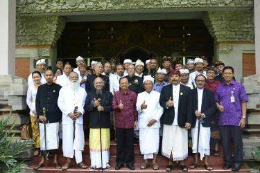 Gubernur Koster: Tahun 2020 PHDI Bali Punya Kantor yang Bagus