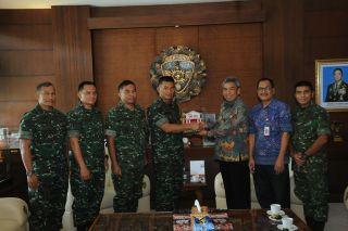 Kodam IX/Udayana Terima Kunjungan OJK dan Kanwil Kemkumham RI Wilayah Bali