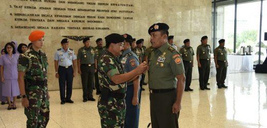 Kasum TNI Kini Dijabat Mantan Pangdam Jaya, Mayjen TNI Joni Supriyanto