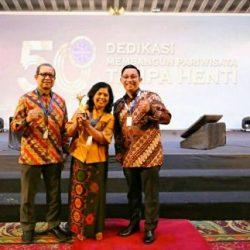 """Raih Gelar """"The Best 3-Star Hotel"""", Patra Comfort Bandung Komit Tingkatkan Pelayanan"""