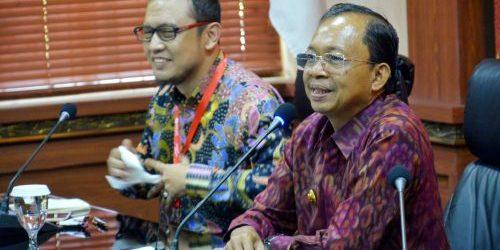 Terapkan PHR Terintegrasi dan Online, Gubernur Koster: Kami Ingin Pendapatan Kabupaten/Kota Optimal