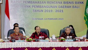 Dorong BPD Bali jadi Bank yang Kuat dan Tangguh, Gubernur Koster: Saya akan Perkuat Peran dan Fungsi BPD Bali