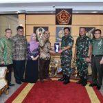 Terbaik dalam Penyaluran Zakat, TNI Terima Baznas Award 2018
