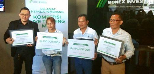 Pasutri Komang Sri Martini dan Nengah Purnayasa Juara Kompetisi Live Trading MIFX, Bawa Pulang Uang 400 Juta