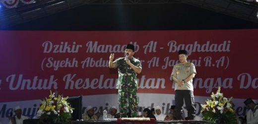 Silaturahmi di Ponpes Al-Baghdadi Karawang, Panglima TNI: Pondok Pesantren adalah Samudera Ilmu