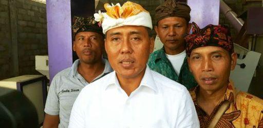 Serius Tingkatkan Produktivitas Pertanian di Bali, Gus Adhi Serahkan 1 Unit RMU