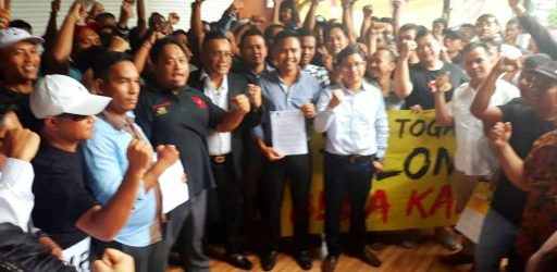 Mohon Advokasi Hukum, Ratusan Driver Online Datangi Kantor Hukum Togar Situmorang