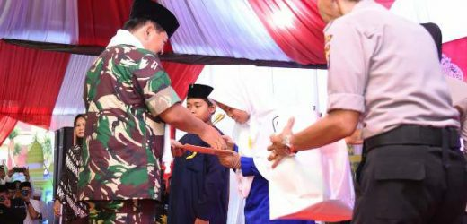 Safari Ramadhan di Banten, Panglima TNI Santuni Anak Yatim Piatu