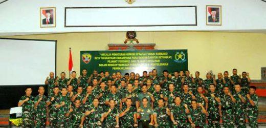 Kodam IX/Udayana Gelar Mobile Training Team Penataran Hukum, Pangdam Udayana: TNI Berkomitmen Tegakkan Supremasi Hukum