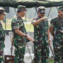 Mantapkan Pengamanan, Panglima TNI Tinjau Latihan Pengamanan Tahap Penghitungan Suara Pemilu 2019