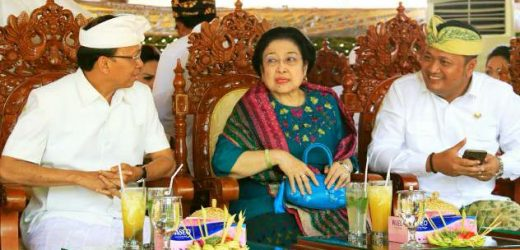 Presiden ke-5 Megawati Soekarnoputri Jadi Saksi Pediksan Penglingsir Puri Gianyar