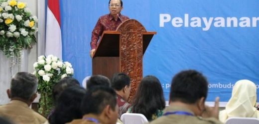 """Bali Menuju """"Zero Complain"""", Gubernur Koster Segera Terbitkan Pergub Standarisasi Perizinan"""