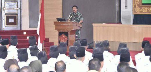 Terima 68 Purna Paskibraka 2019, Panglima TNI: Kalian akan Teruskan Estafet Kepemimpinan Bangsa