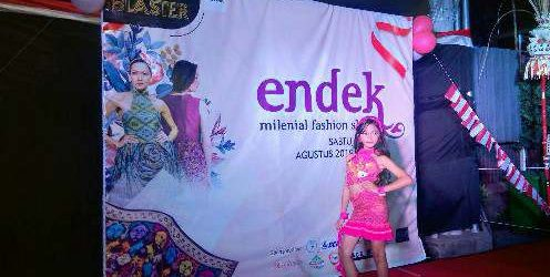Endek Milenial Fashion Show, Komitmen Warung Blaster Lestarikan Kain Endek