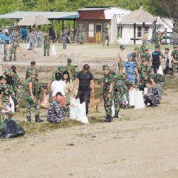 Kodam IX/Udayana Dukung World Clean Up Day Bersihkan Pesisir dari Sampah