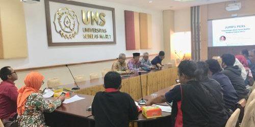 Cakap di Bidang SDM, UNS Anugrahkan Panglima TNI Gelar Honoris Causa
