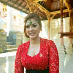 "Dilantik Sebagai Anggota DPRD Bali 2019-2024, Dwi Yustiawati: ""Astungkara tiang siap mengemban aspirasi masyarakat Klungkung"""