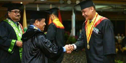 """Rektor Dwijendra University: Sarjana dari """"Rahim"""" Dwijendra University Berkontribusi Nyata bagi Pembangunan"""