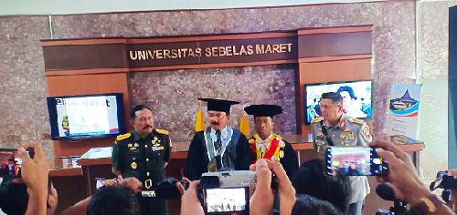 Terima Gelar Doktor Kehormatan, Panglima TNI: Pendidikan Kunci Keberhasilan Hadapi Era Perubahan