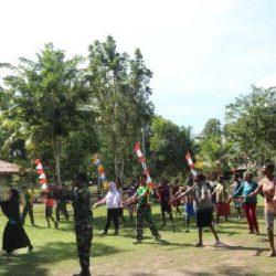 Kampanyekan Hidup Sehat, Satgas Yonif 411 Kostrad Senam Bugar bersama Ibu-ibu di Perbatasan RI-PNG
