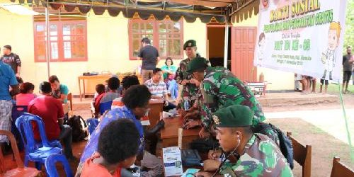 Gandeng IDI, Satgas Yonif 411 Kostrad Gelar Bakti Sosial di Perbatasan RI-PNG