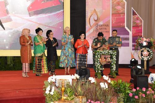 Buka Gebyar Karya Pertiwi dan Military Attache Spouses Culture 2019, Panglima TNI: Tingkatkan Ekonomi Kreatif