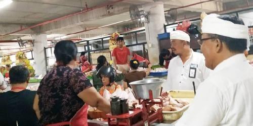 Per 1 November, PD Pasar Denpasar Keluarkan Himbauan Bebas Kantong Plastik di Pasar Tradisional