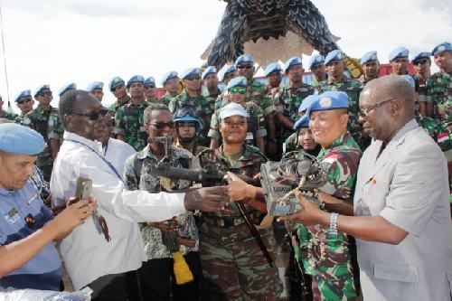 "Serahkan Senjata dan Munisi Ke DDR-RR Kongo, Dansatgas TNI Konga XXXIX-A RDB: ""Semoga kondisi tetap damai"""