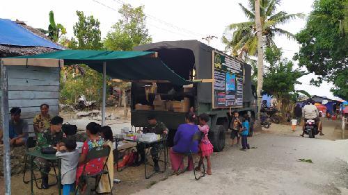 Pengobatan Keliling Klinik Mobile Semarakkan Peringatan Hut ke-15 Yonif RK 136/TS