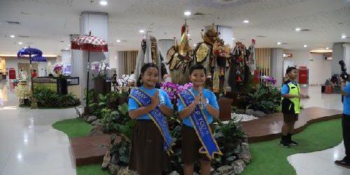 """""""Kids Take Over"""", Cara UNICEF Indonesia dan Bandara Ngurah Rai Rayakan Hari Anak Sedunia"""