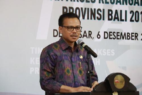 Sekda Dewa Indra Dorong Tingkat Literasi dan Keuangan Masyarakat Bali Terus Meningkat