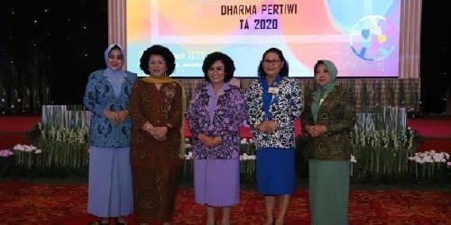 Ny. Nanny Hadi Tjahjanto Tutup Rakor Dharma Pertiwi
