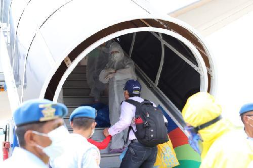 Pemulangan 61 Warga Negara Cina di Bandara Ngurah Rai