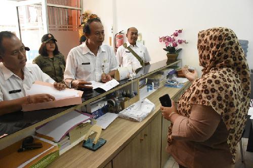 Disperindag Denpasar Sidak Toko Alkes, Harga Masker 50 Ribu Per Kotak