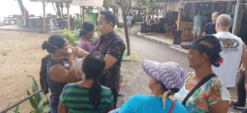 Bagikan Masker Gratis ke Pekerja Pariwisata, PSR juga Edukasi Pola Hidup Sehat