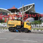 Komunitas Bandara Ngurah Rai Kerahkan Mobil Khusus Lakukan Desinfeksi di Lingkungan Bandara
