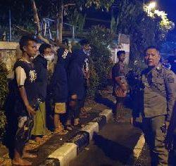 Tak Kantongi Identitasi, Satpol PP Denpasar Pulangkan 11 Anak Punk ke Daerah Asal