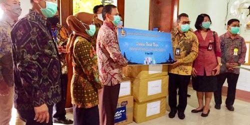BMPD Provinsi Bali Serahkan 5.125 APD ke RS Sanglah