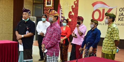 Perbarindo Bali Tanyakan PJOK Stimulus Perekonomian Nasional, Ini Penjelasan Kepala OJK Elyanus Pongsoda