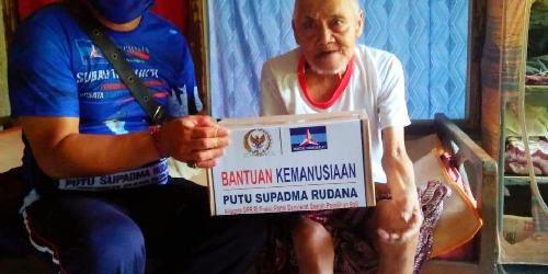 """Salurkan Bantuan Kemanusiaan untuk Lansia dan Disabilitas, Supadma Rudana: """"Harapan rakyat adalah perjuangan Partai Demokrat"""""""