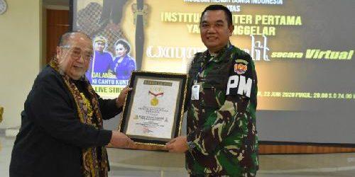 Gelar Wayang Kulit Virtual, Terima Rekor MURI jadi Kado Terindah HUT Ke-74 POM TNI AD