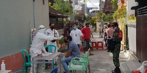 Rapid Test 80 Warga Perumahan Pondok Galeria Padangsambian Kelod, 2 Orang Reaktif