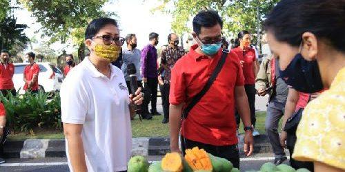 """Pasar Pangan Murah"" di Kantor Gubernur Bali, Cara Pemprov Bantu Petani Pasarkan Hasil Pertanian Lokal"