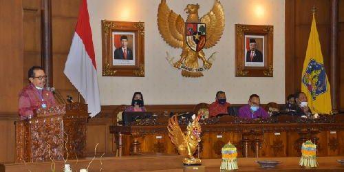 Anggota Legislatif Provinsi Bali Terima Dua Ranperda, Gubernur Koster Apresiasi Kinerja Dewan