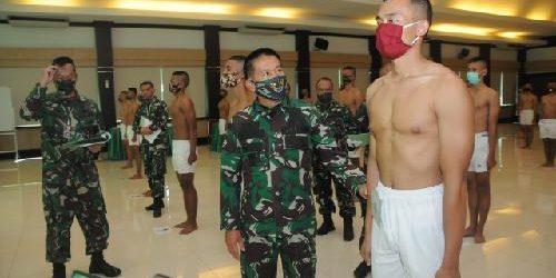 "Sidang Parade Catar Akmil Panda Kodam IX/Udayana, Pangdam Udayana: ""Catar perwira TNI AD handal di masa depan"""