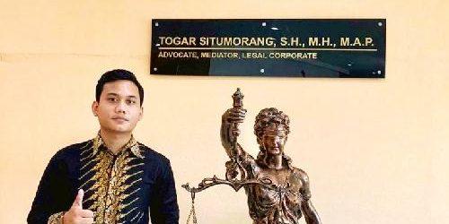 "Alexander Ricardo Gracia, Ikuti Jejak Ayahanda jadi ""Panglima Hukum"" bagi Pencari Keadilan"